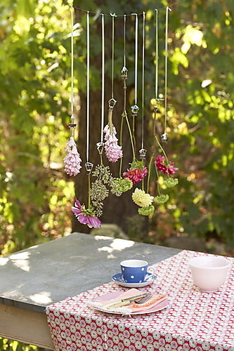 Hanging_flowers_005