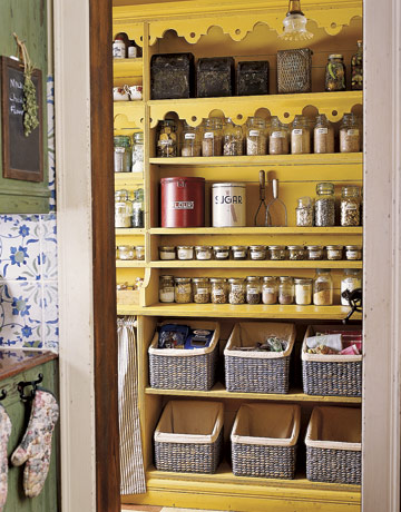 Pantry-Organized-Shelves-GTL1106-de